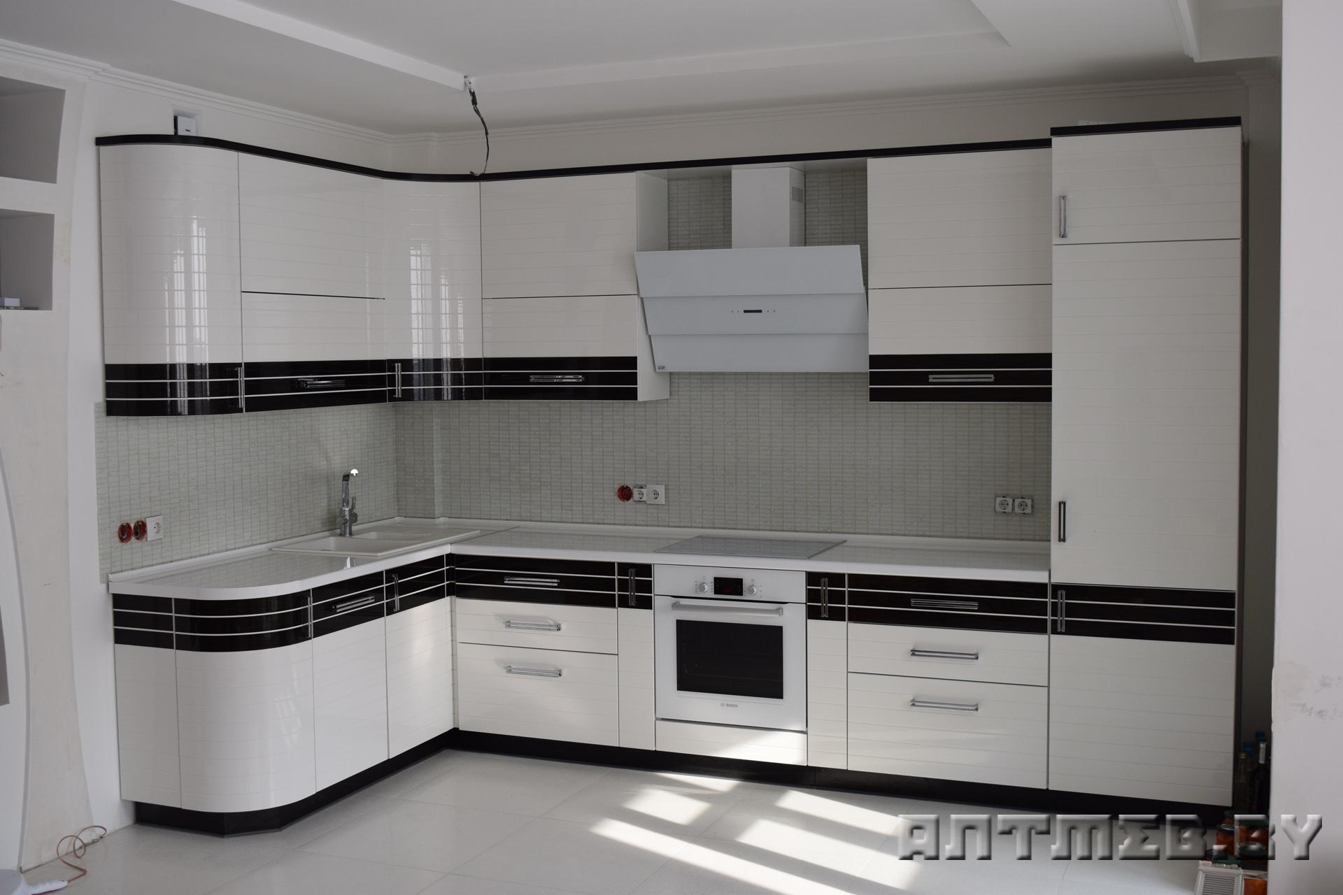кухни фото угловые белые
