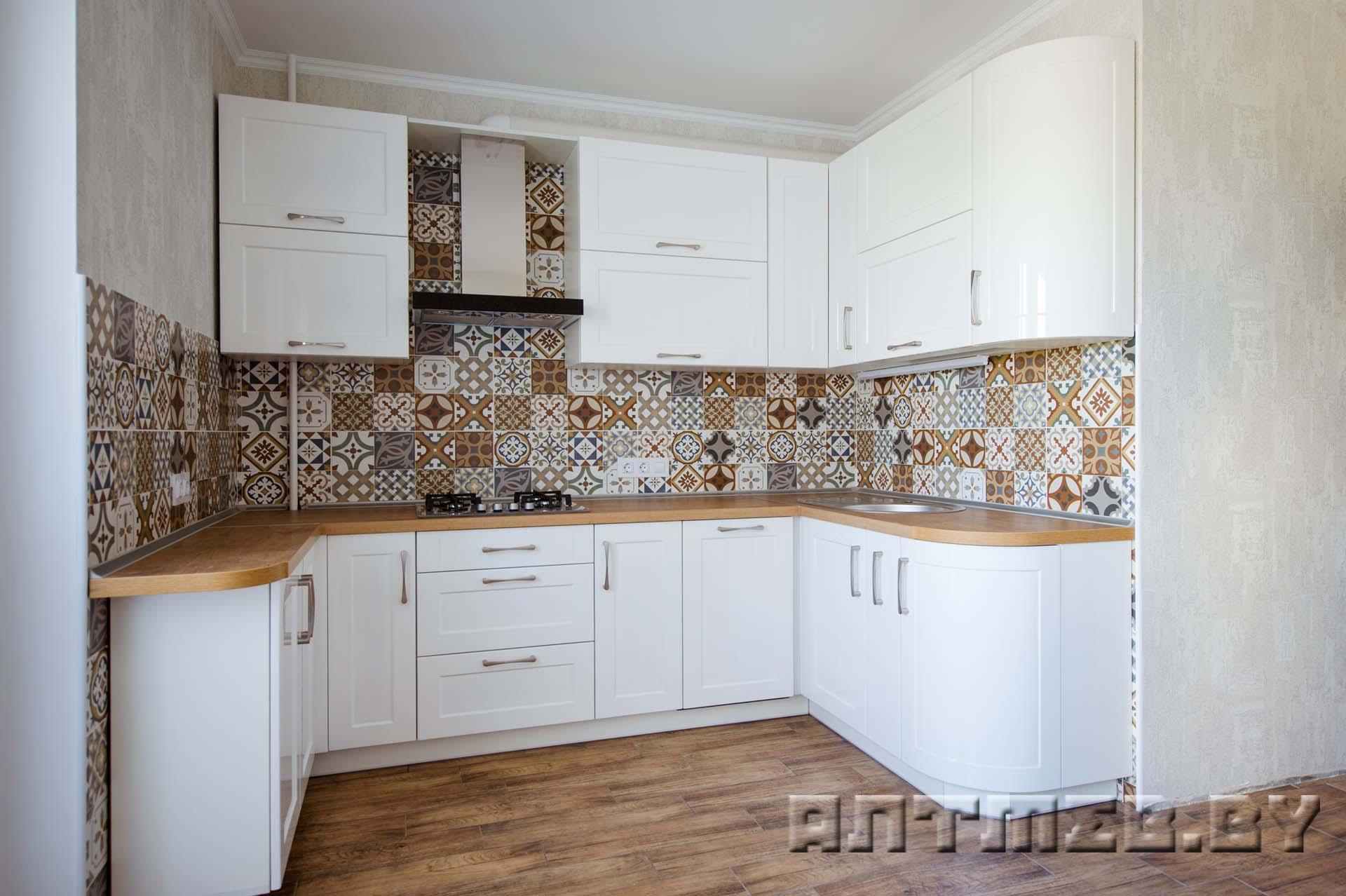 белая угловая кухня из мдф глянцевого фото цена Mdf18